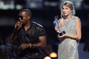 Kanye West interrupts Taylor Swift at VMAs